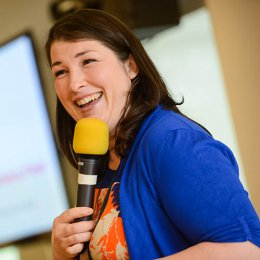 Elaine Miller pelvic physiotherapist and comedian
